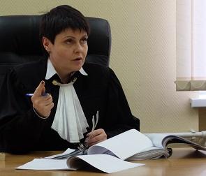 В Воронеже суд впервые отменил штраф за неоплату парковки: как это было