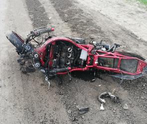 В Воронеже в ДТП при неясных обстоятельствах разбился байкер: нужны очевидцы