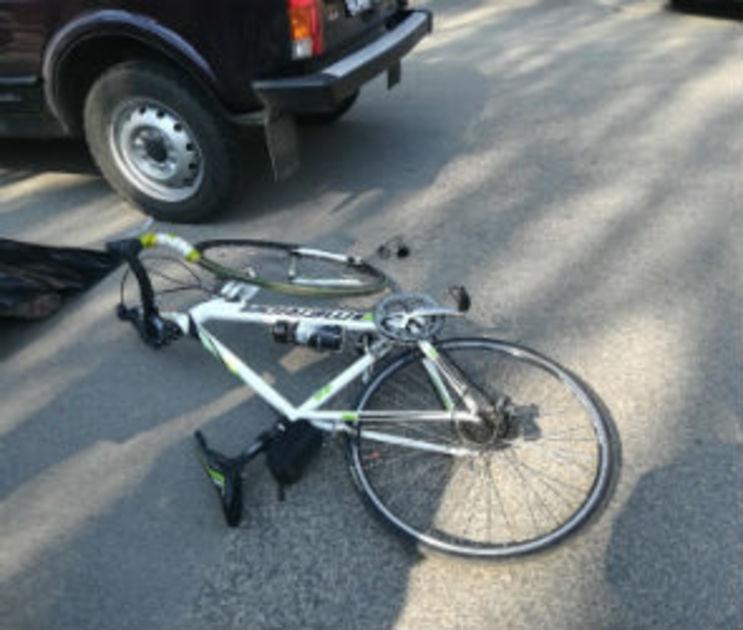 66-летний велосипедист попал под колеса ВАЗа в Воронежской области