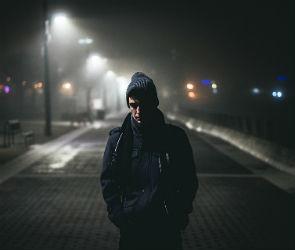 В Воронеже ревнивец избил и ограбил соперника