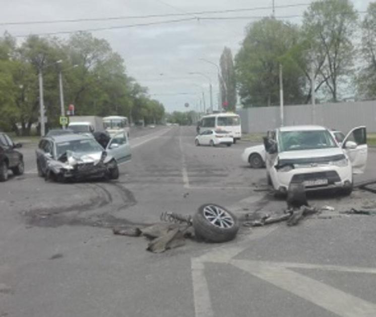 Опубликованы новые подробности смертельного ДТП на Новосибирской в Воронеже
