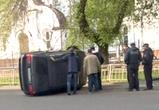 В Воронеже выясняют обстоятельства аварии с БМВ, протаранившим ограду