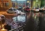 Затопленные после сильного дождя улицы Воронежа попали на видео