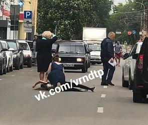 На улице Среднемосковской в Воронеже сбили 12-летнюю девочку