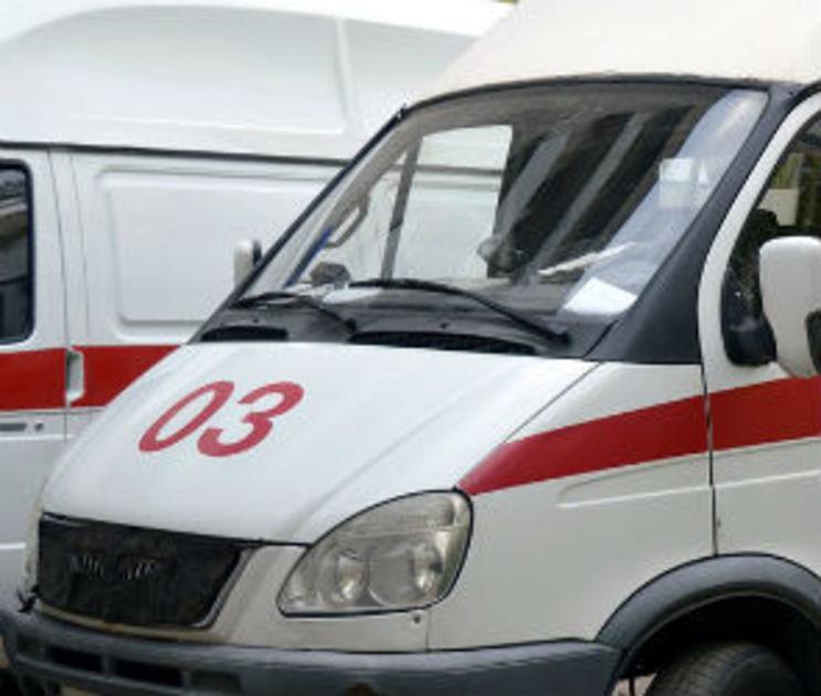 В Воронеже водитель врезался в столб и оставил раненую пассажирку на месте ДТП