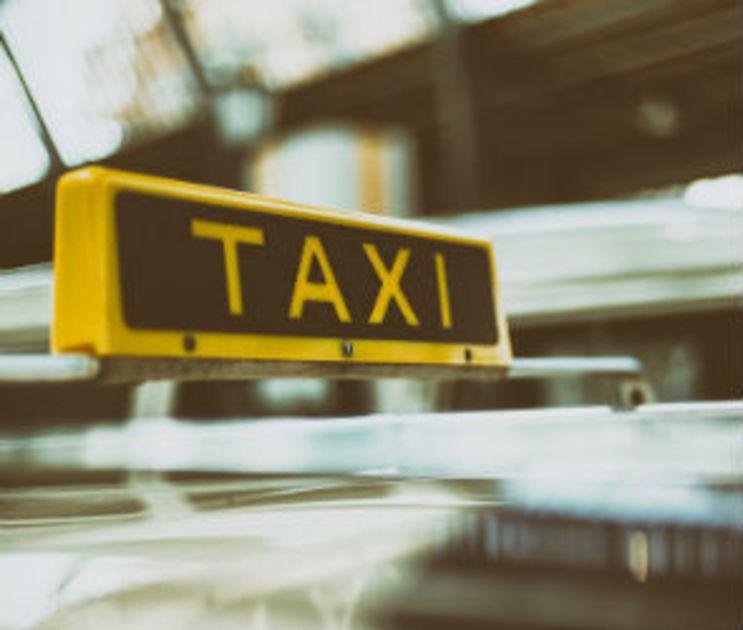 Воронежцев пугают таксистами, из-за которых пассажиры теряют сознание