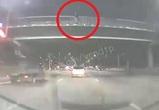 Воронежца отговорили от прыжка с моста - видео