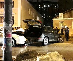 По факту ДТП, устроенного пьяной автомобилисткой, возбудили уголовное дело