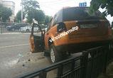 В Воронеже девушка на «Лэнд Ровере» протаранила пять машин и перевернулась