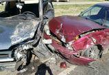 В Воронеже столкнулись четыре автомобиля: пострадали два человека