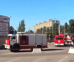 Стала известна причина скопления пожарных машин у ТЦ Максимир в Воронеже