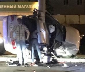 В сети появились фото с места страшного ДТП с тремя погибшими в Лисках