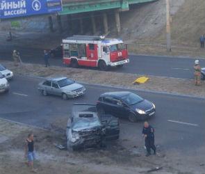 В Воронеже ищут очевидцев ДТП с «Мерседесом», сбившим насмерть пешехода