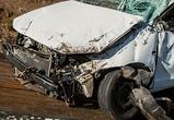 На трассе под Воронежем опрокинулась «Лада», водитель погиб, два человека ранены