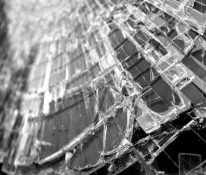 Один человек погиб, один ранен в столкновении двух ВАЗов под Воронежем