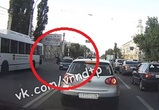 В Воронеже девушка-нарушительница попала под колеса ВАЗа – видео