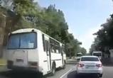 Маршрутчик, не пропустивший пешеходов на «встречке» в Воронеже, получил 3 штрафа