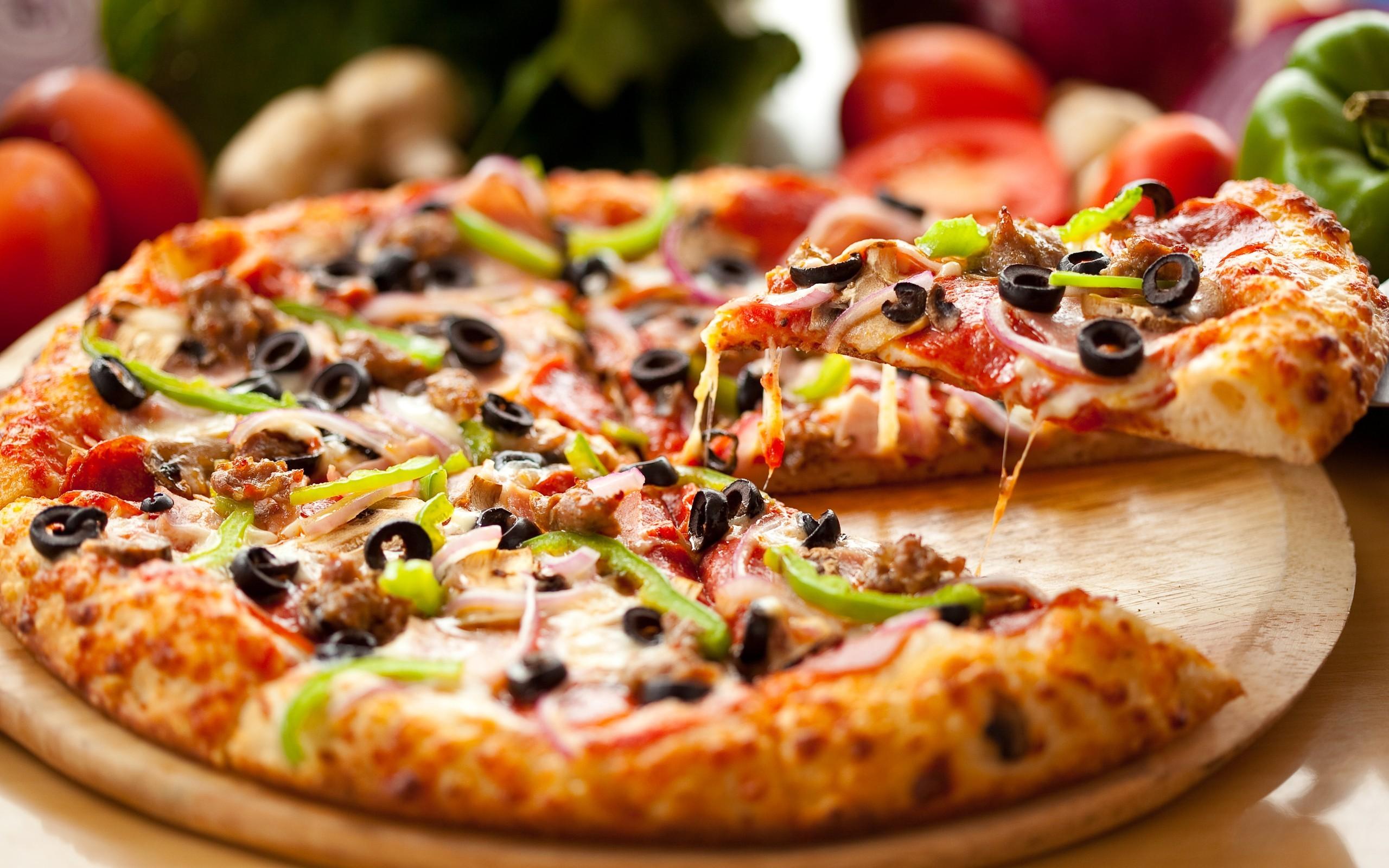 Самые вкусные пиццы Воронежа: где заказать и что входит в рецептуру
