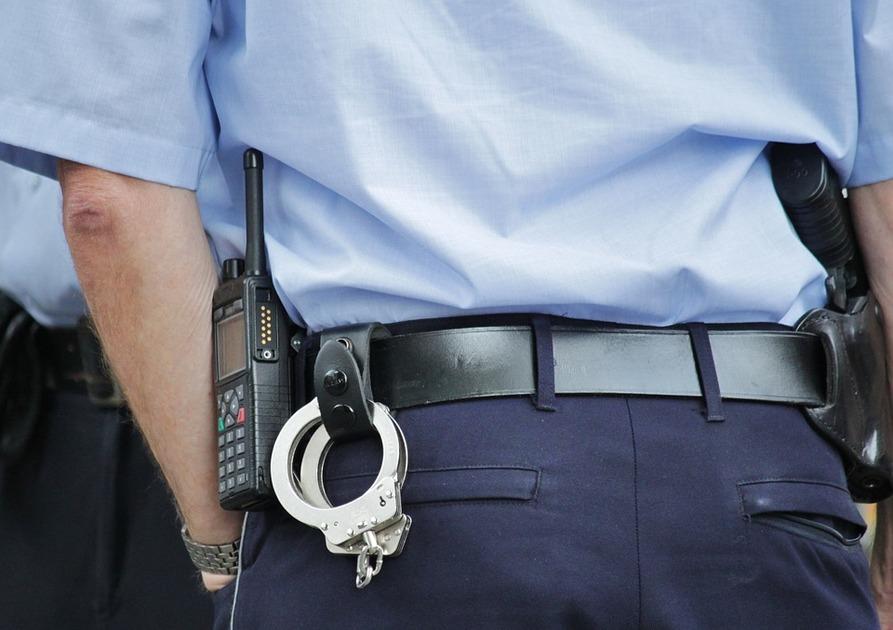 Замглавы отдела полиции арестовали под Воронежем за кражу КамАЗа