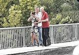 В Воронеже очевидцы спасли девушку, пытавшуюся прыгнуть с моста