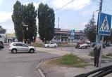 В Воронеже перевернулась легковушка: пострадал один человек