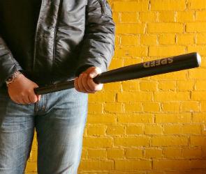 В ночном клубе воронежцу пробили голову бейсбольной битой