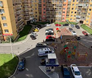 Воронежцы сообщают о скоплении силовиков на улице Шишкова