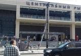 В Воронеже начался монтаж новой «умной» остановки возле Центрального рынка