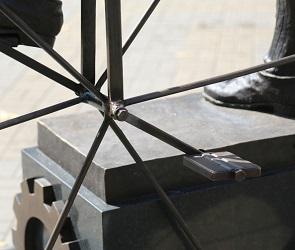 В Воронеже восстановили памятник Вильгельму Столлю