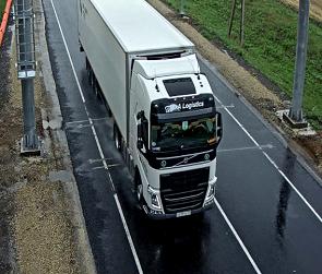Дорожники определят размер вреда от перегруженных фур при помощи «умной» системы