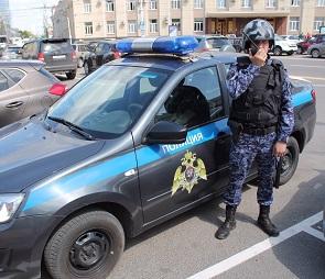 В Воронеже поймали пьяного водителя иномарки с пробитыми колесами