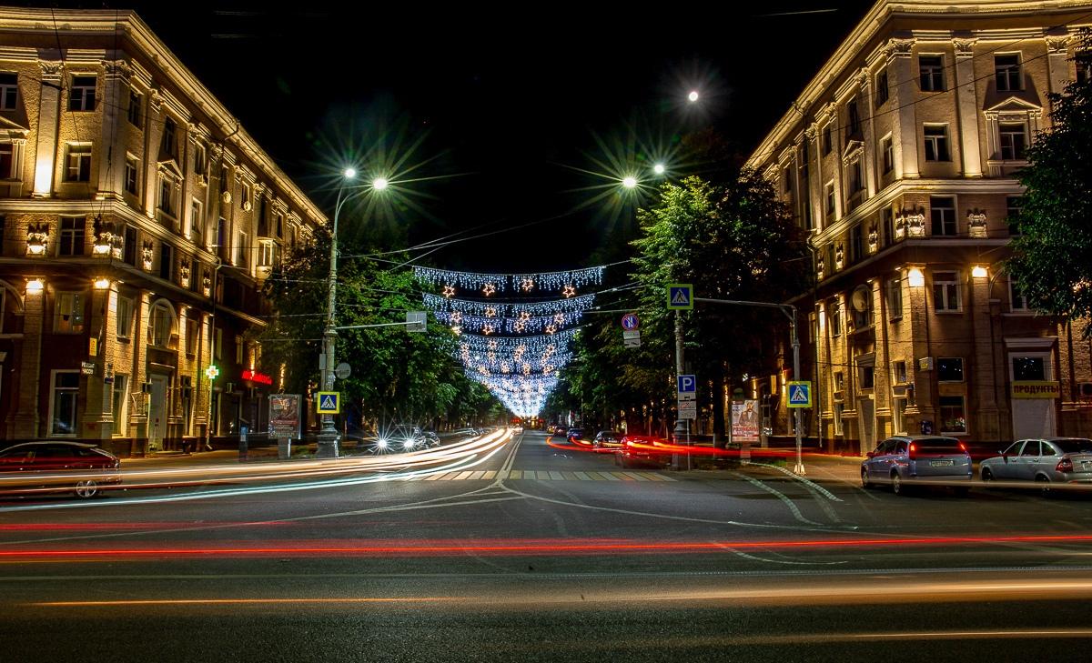 Мэрия Воронежа опубликовала фото праздничной иллюминации