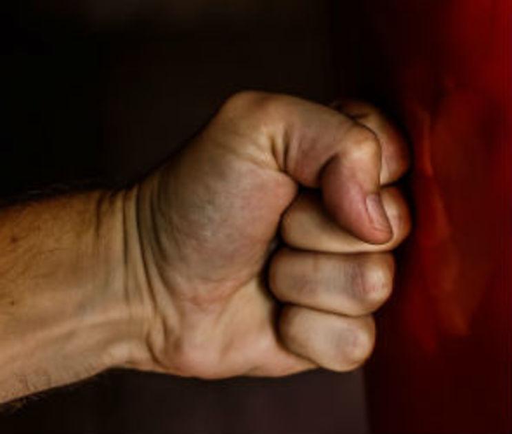В Воронежской области 65-летнего пенсионера до смерти избил сосед