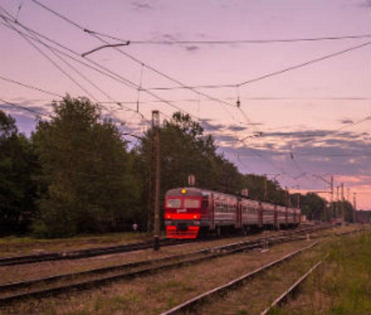 Из-за ремонта виадука на улице 9 Января в Воронеже ввели новые электрички
