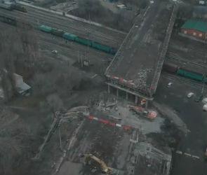 Снос виадука на улице 9 Января в Воронеже сняли на видео с высоты