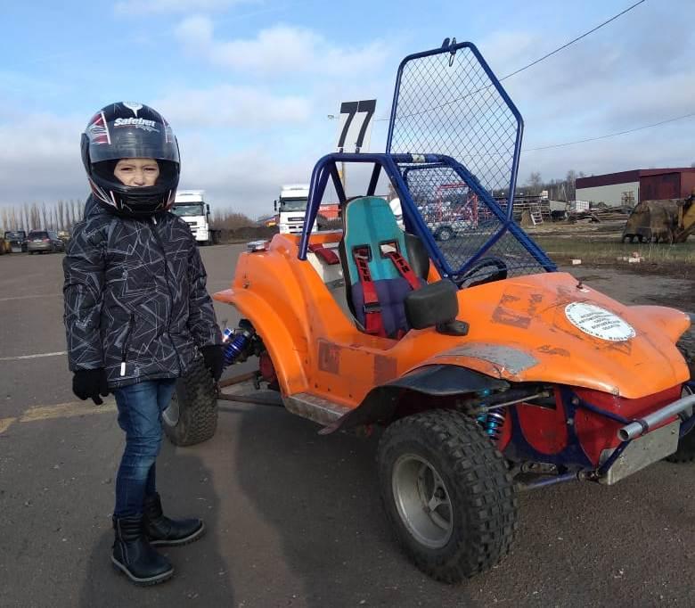 Миллионный житель Воронежа мечтает стать гонщиком