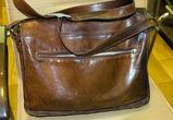 У жительницы Воронежа украли сумку, пока она изучала товар в павильоне ТЦ
