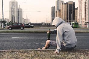 Алкоголизм: Горькая деградация