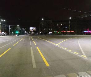 На Московском проспекте в Воронеже обновили временную разметку
