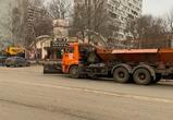 Снегоуборочная техника на бесснежных улицах города удивила воронежцев