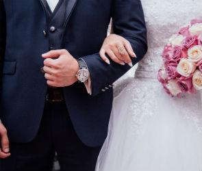 В «красивый» четверг и День влюбленных в Воронежской области поженятся 156 пар