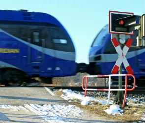 Два воронежских железнодорожных перехода оснастили звуковой сигнализацией
