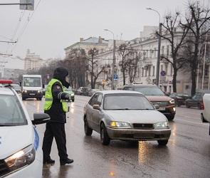 Воронежцев предупредили о массовых проверках ГИБДД вблизи пешеходных переходов