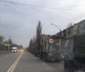 Воронежцы сфотографировали колонну военной техники на дорогах города