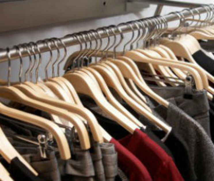 В Воронежской области разрешат работать магазинам и рынкам
