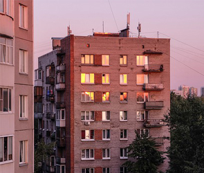 В Воронеже провалились торги на поставку 120 квартир для детей-сирот