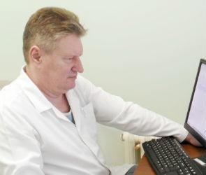 Реаниматолог Александр Брянцев про ковид: «В наступление пока не перешли»