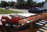 В Воронеже грузовик снес недавно восстановленный указатель «Песчаный лог»