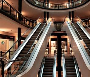 В Воронежской области спустя три месяца полностью откроют торговые центры