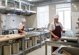 Из бюджета Воронежской области на горячее питание школьников выделили 118 млн